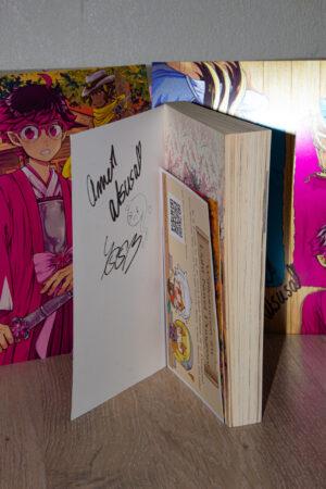 Ein Blick auf auf die Autogramme im Buch Sweet! Sweat! Swoop! aus dem Gewinnspiel